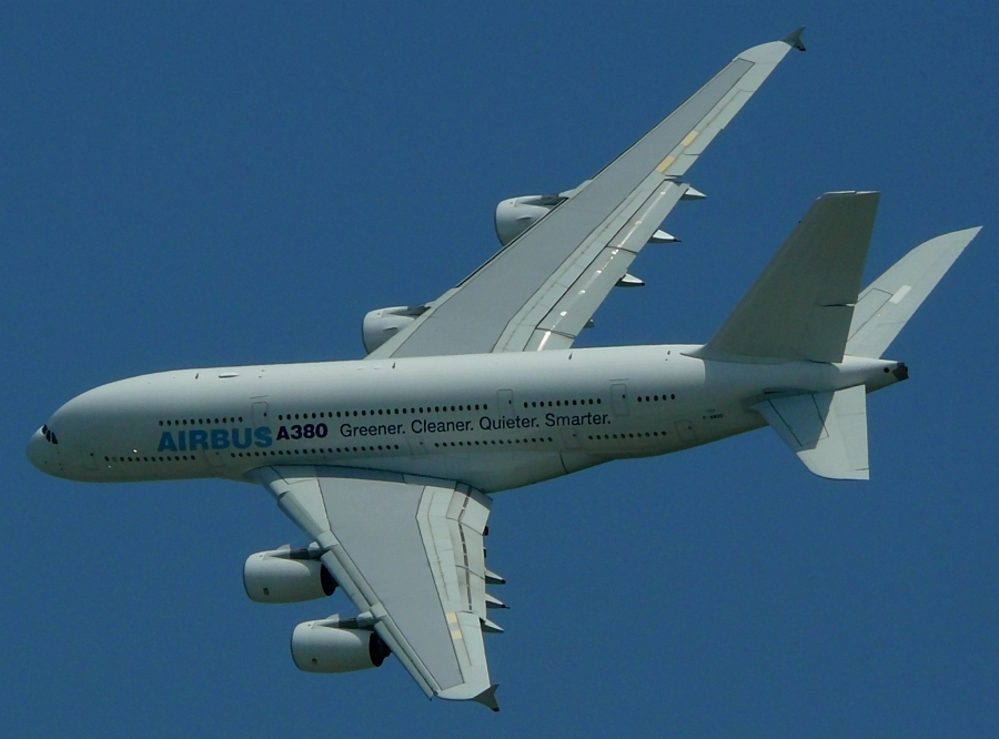 Airbus A380 II (entrauscht?)