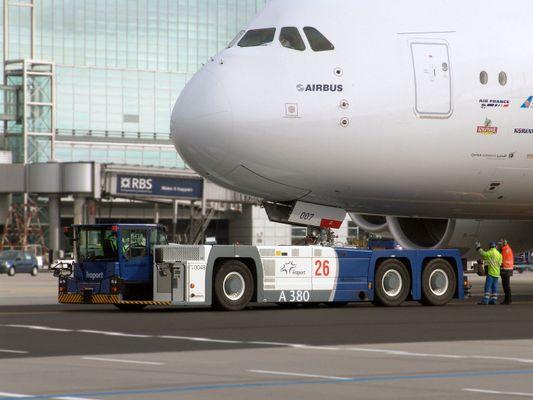 Airbus A380 - Schlepper