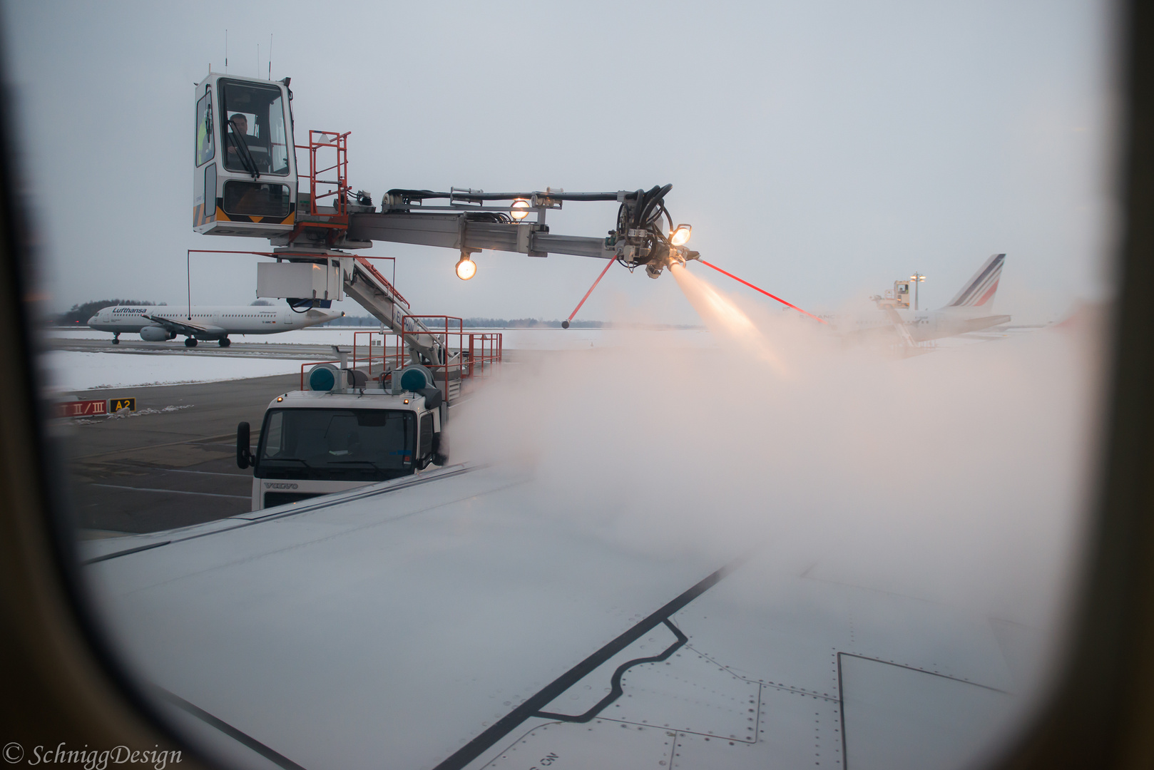 Airplane defrost