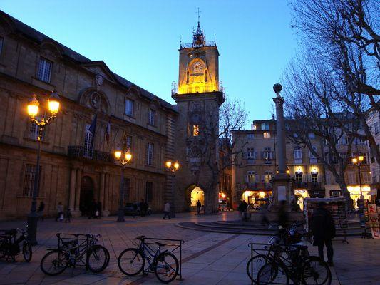 Aix en Provence place de l'hotel de ville..