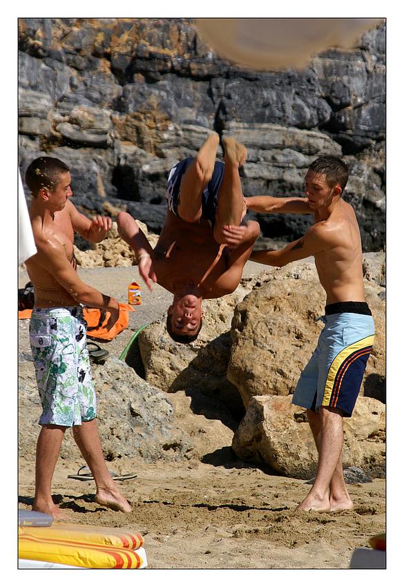 Akrobatik am Strand ......