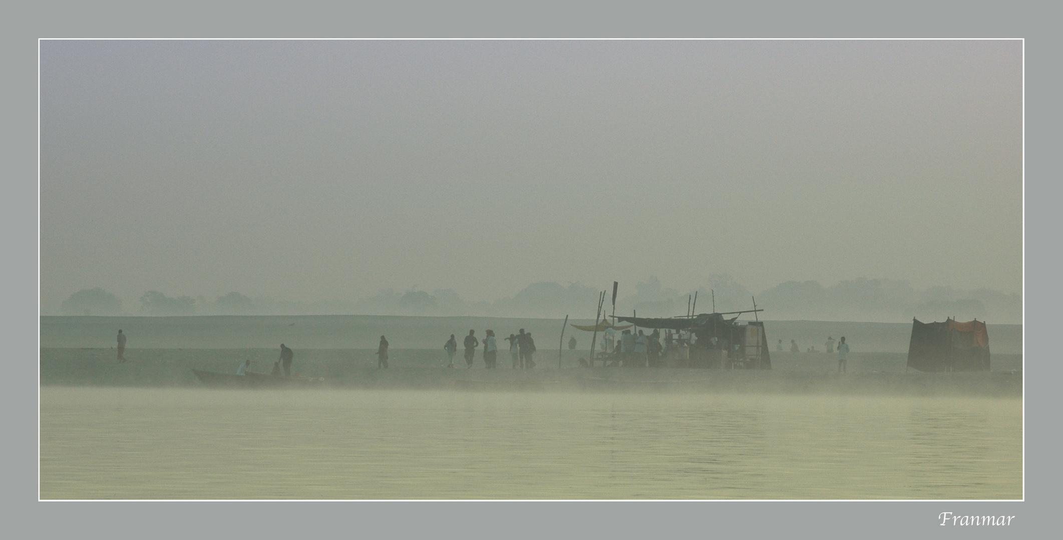 Al alba en el Ganges