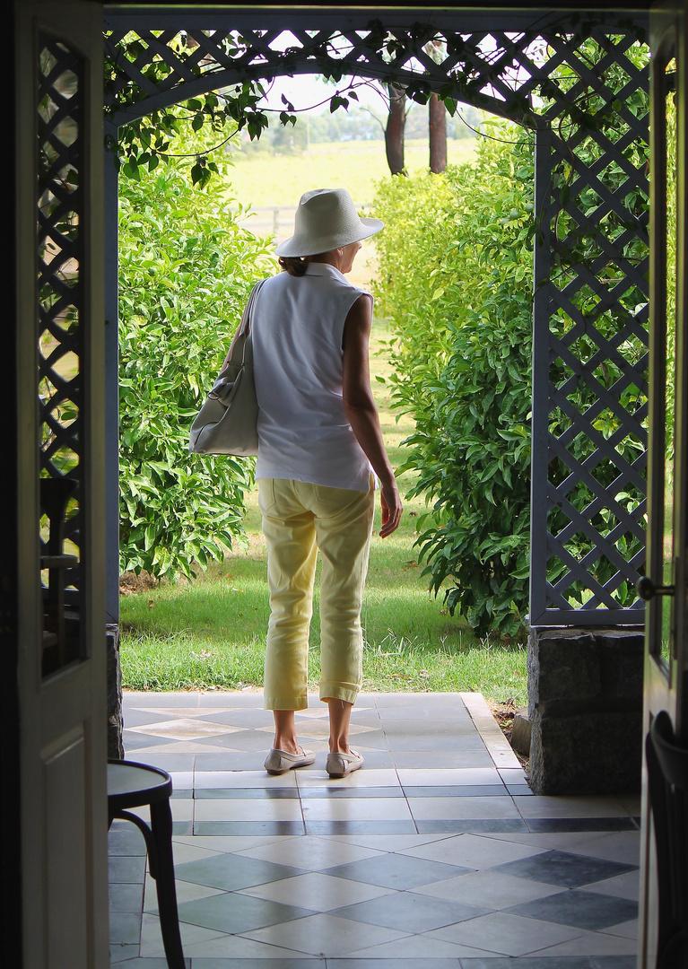 Al cruzar la puerta