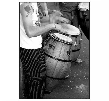 Al ritmo de los tambores
