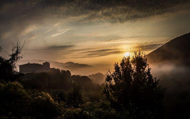 Alba al Castello di Valenzino