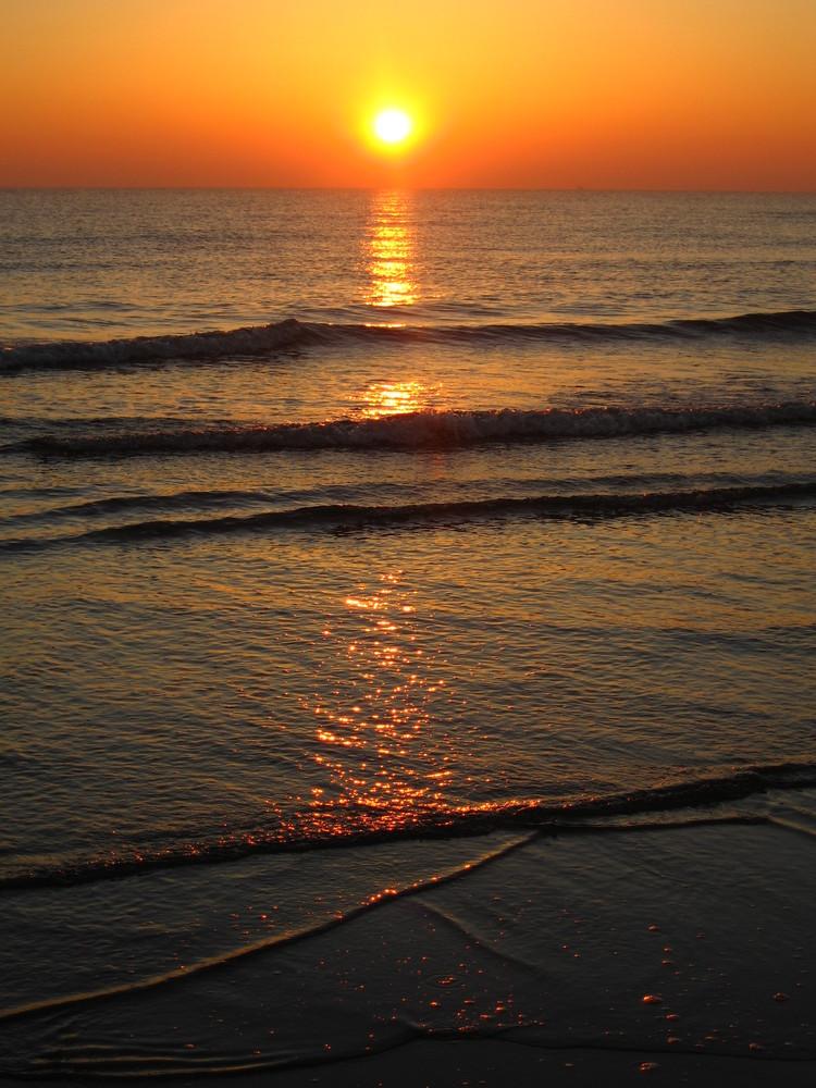 Alba di rosolina mare foto immagini paesaggi natura for Disegni di paesaggi di mare