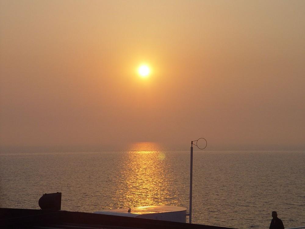 alba in mare...
