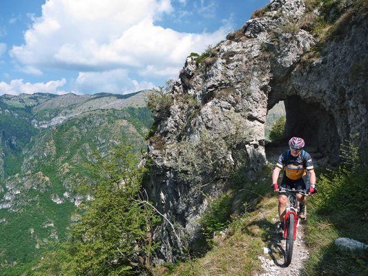 Albert auf dem Bocca-di-Fobbia-Trail am Gardasee