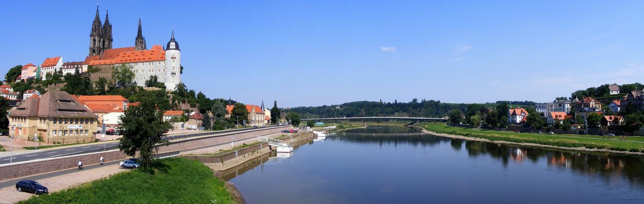 Albrechtsburg mit Elbe 2008