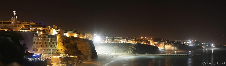 Albufeira bei Nacht