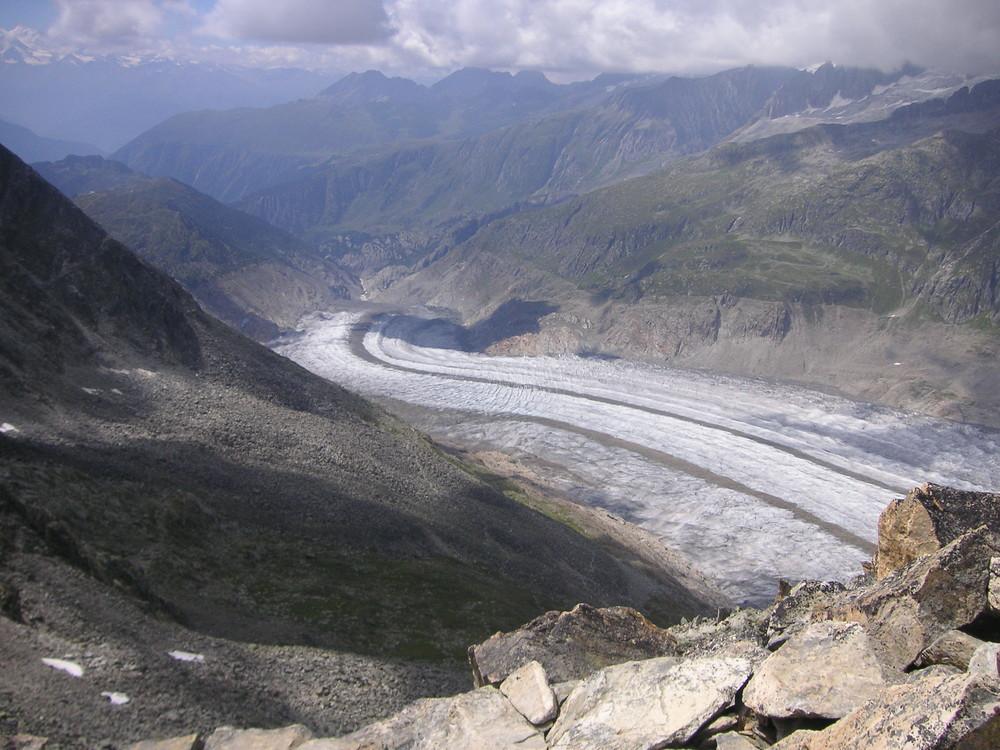 Aletschgletscher in Richtung Tal