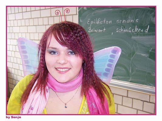 """Alex """"Butterfly In School"""""""