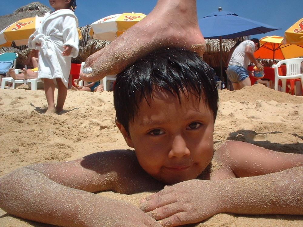 Alex disfrutando la playa