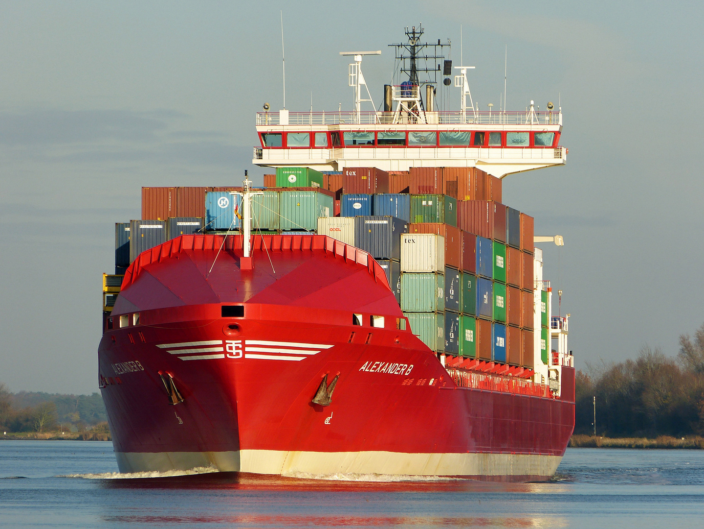 Alexander B im Kiel Canal am 19.11.2012 .