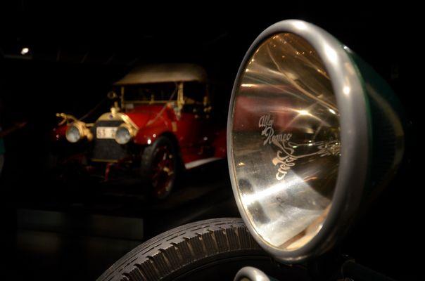 Alfa Romeo. Luci