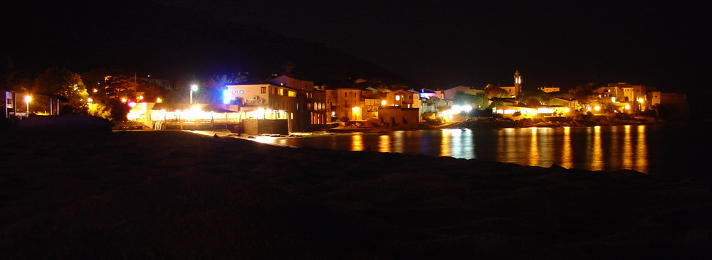 Algajola bei Nacht