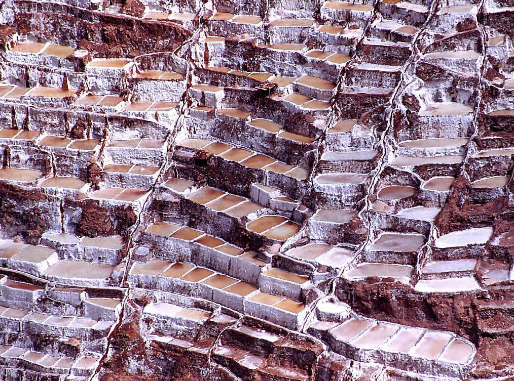 Algunas de las pozas de las salinas de Maras.