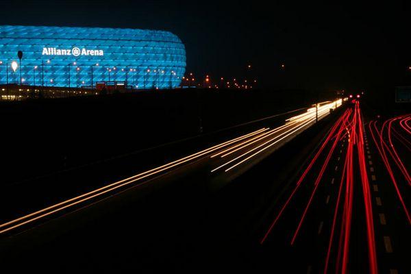 Alianz Arena bei Nacht