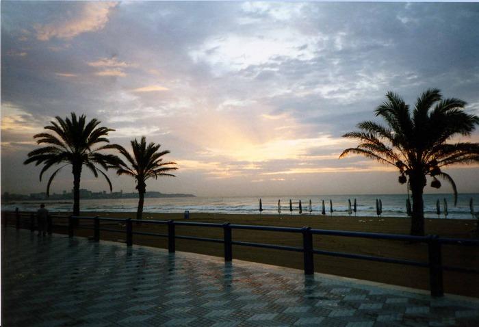 Alicantes Promenade, 5 Uhr morgens