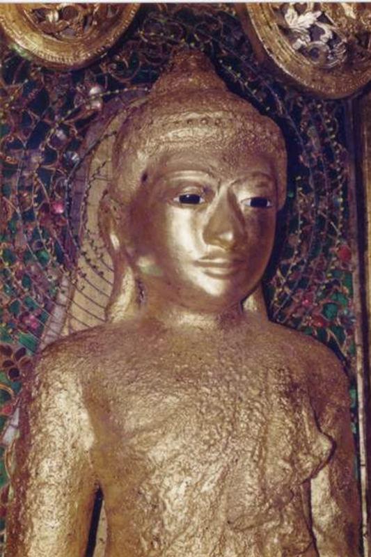 Alive-mole Buddha Image.