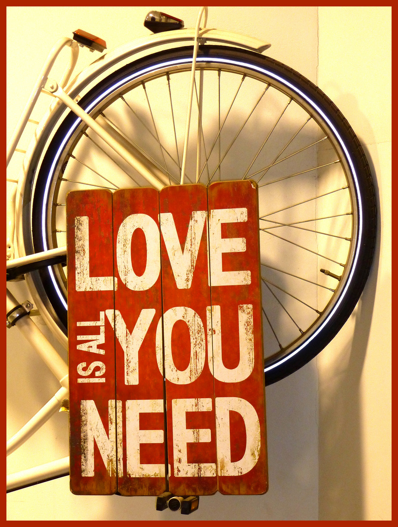 +++ All you need is Love +++