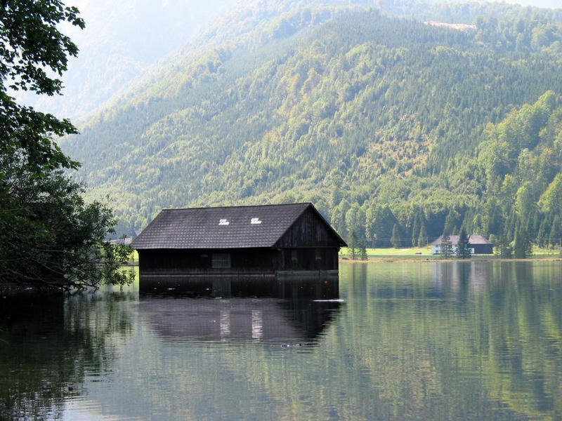 Alle meine Hütten schwimmen auf dem See