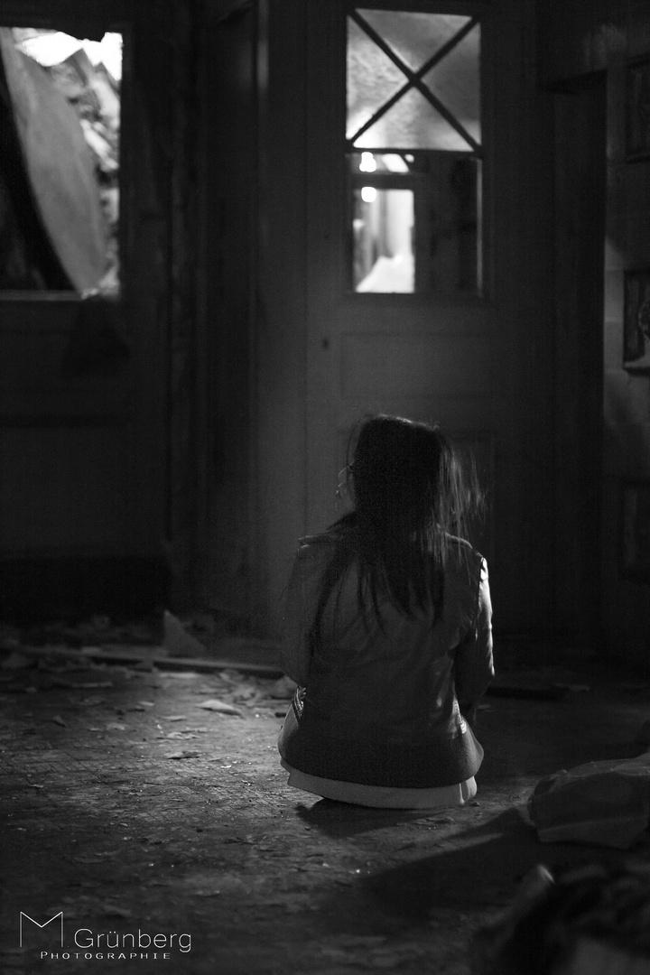 allein...