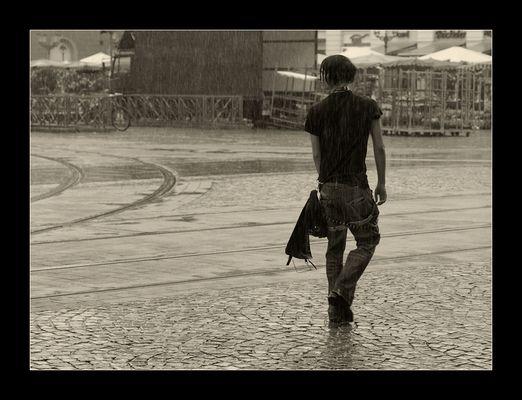 ...allein im Regen