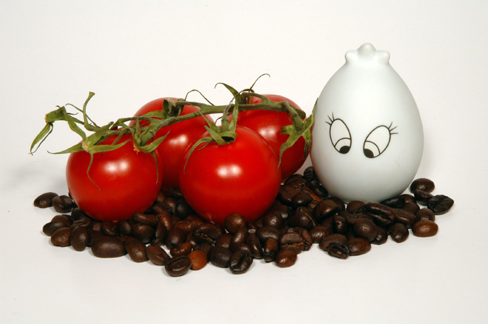 Allein unter Tomaten