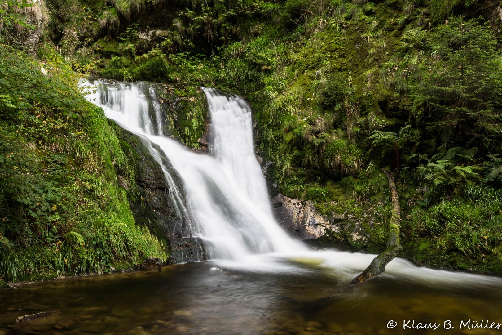Allerheiligen Wasserfälle - Wild rauschender Wasserfall