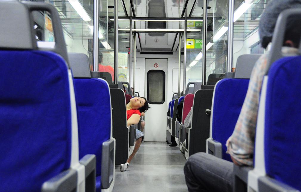 Alles schläft – einsam wacht . . .