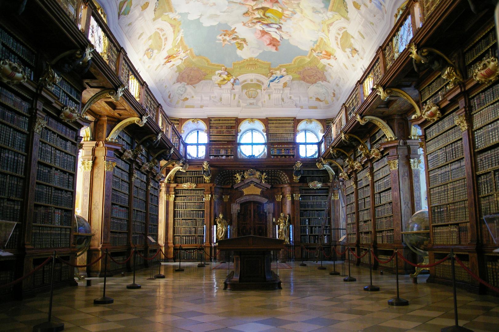 alles was man wissen muss barocke bibliothek im stift. Black Bedroom Furniture Sets. Home Design Ideas