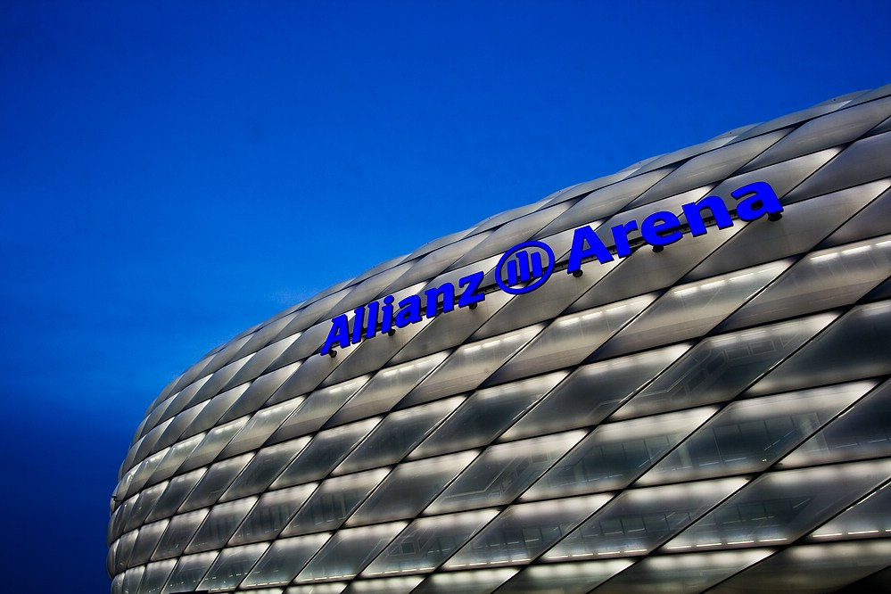 Allianz Arena - Dreifarbigkeit