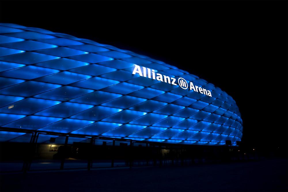 Allianz Arena, naja, ist zwar nicht die richtige Farbe für mich aber, was solls!