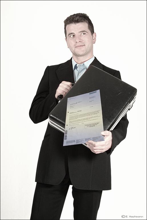 Alltag eines Versicherungsvertreters.. The END.