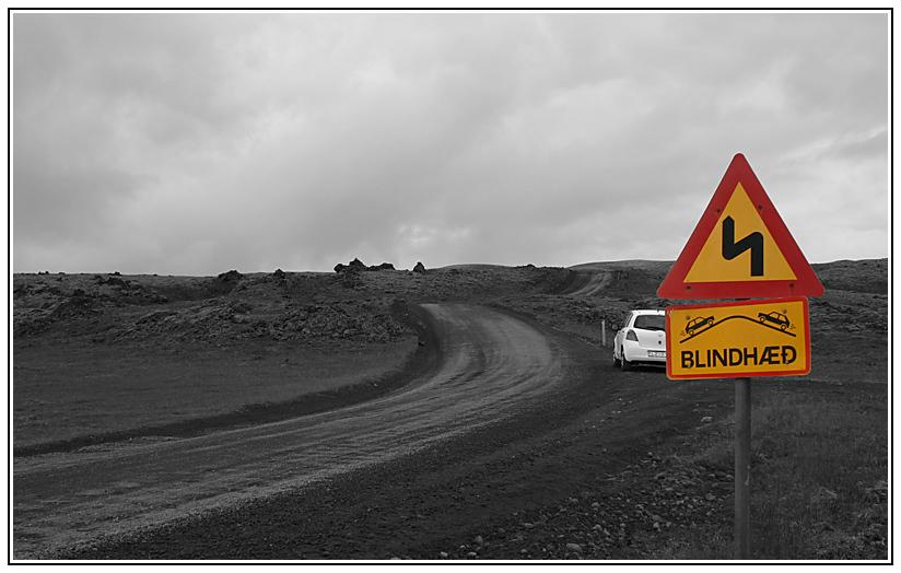 Alltagssituation auf/an Islänischen Straßen