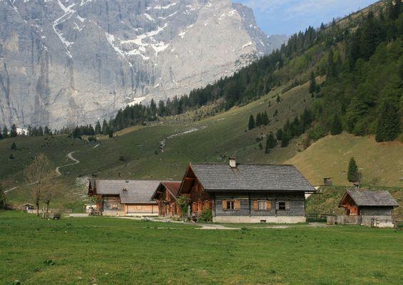Almdorf in der Eng - Karwendelgebirge -