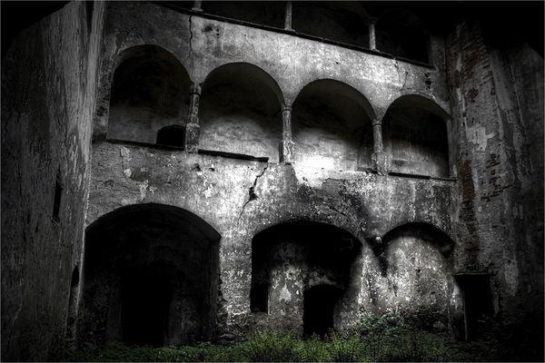 ~ Alone in the dark ~