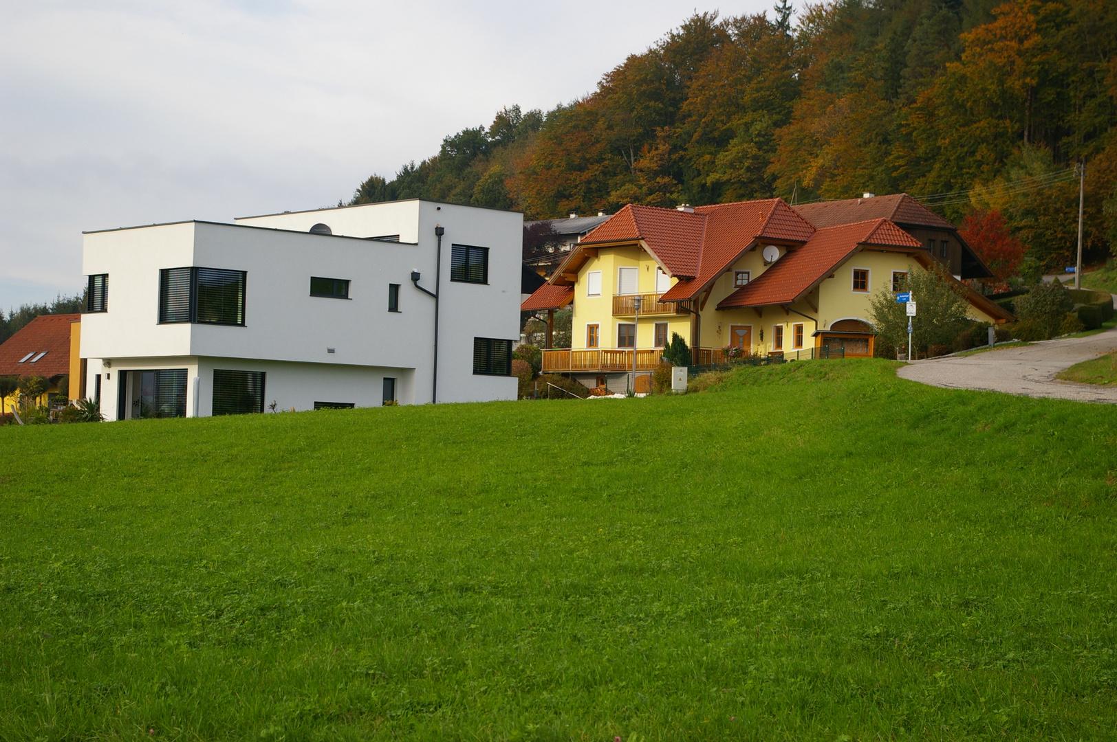 Alpenländische- und Moderne Bauweise
