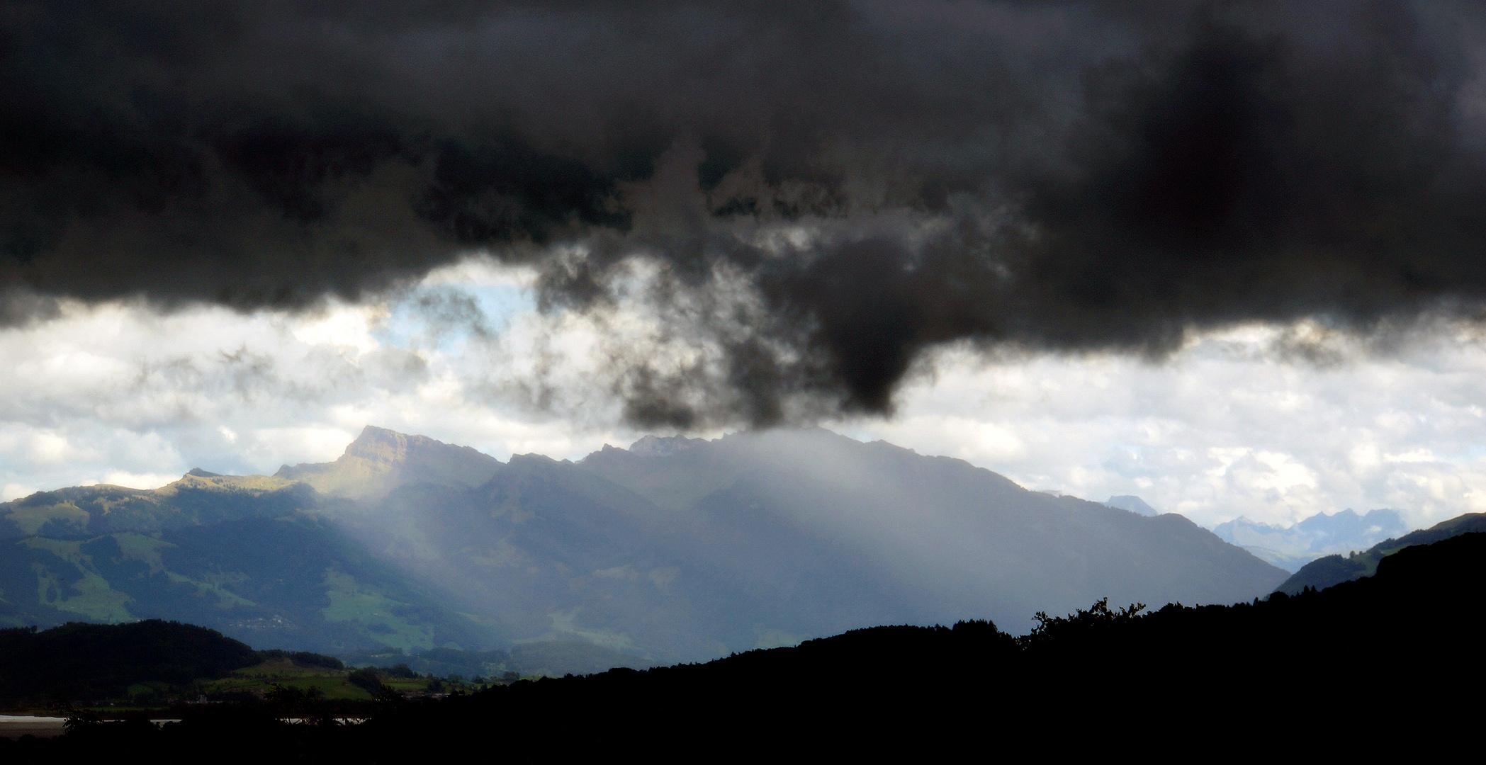 Als am Sonntag des 21. September 2014 die Gewitterwolken aufzogen