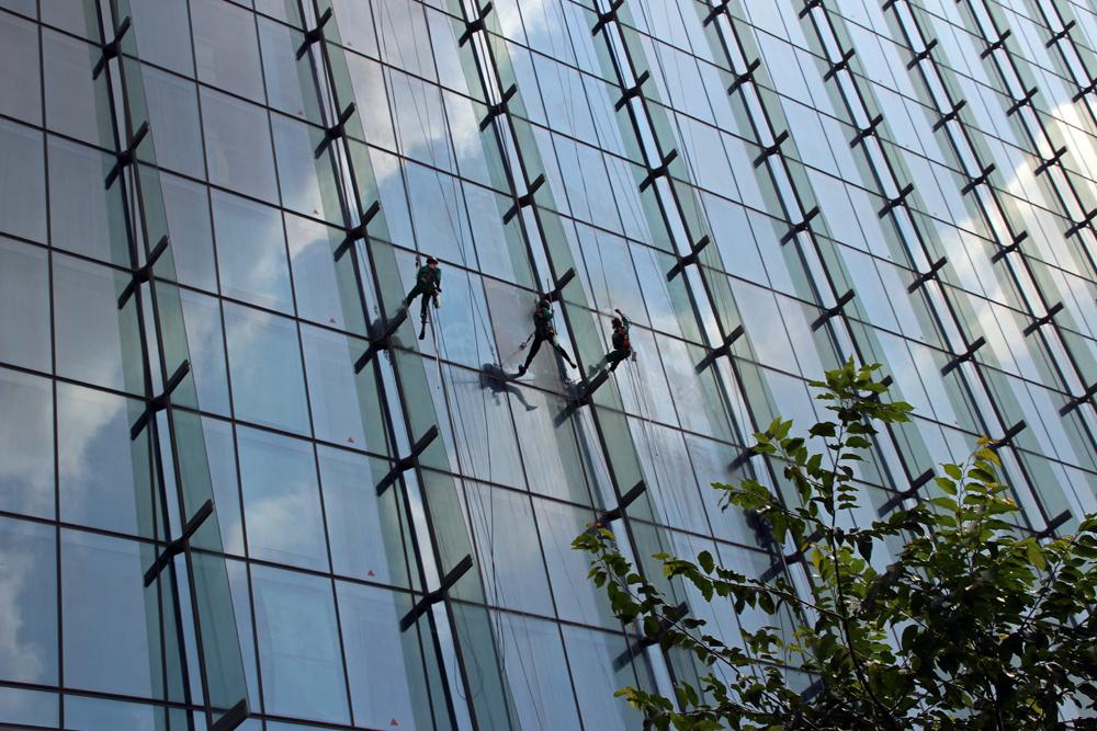 Als Fensterputzer.....