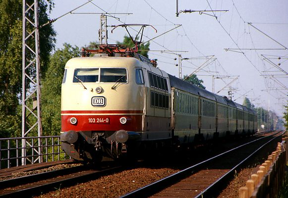 Als man noch in einem Zug von Hamburg nach Paris fahren konnte.