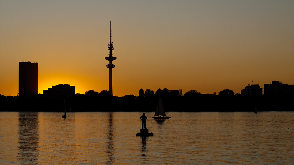 alster skyline im sp tsommer foto bild deutschland europe hamburg bilder auf fotocommunity. Black Bedroom Furniture Sets. Home Design Ideas
