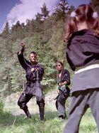 """Alt-Jung III --- oder """"Ninja-Kid"""""""