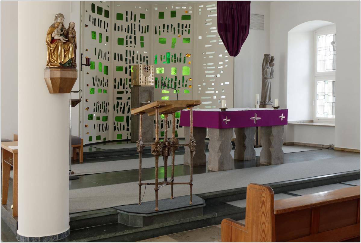 Altar .......