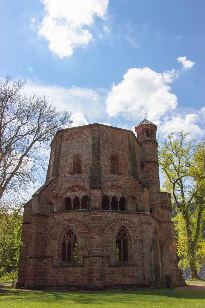 Alte Abtei Mettlach bei Villeroy und Boch im Park