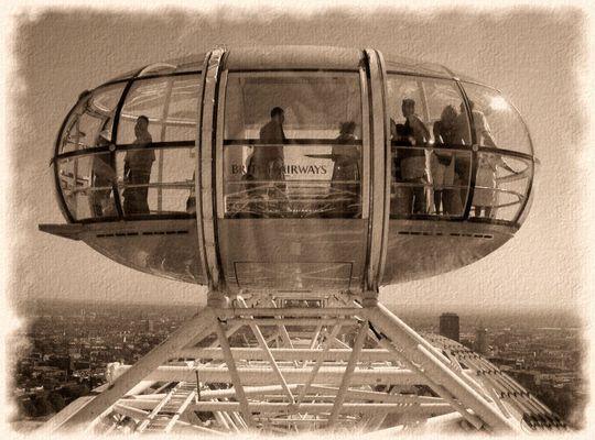 alte Aufnahme vom London Eye gefunden