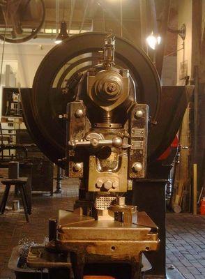 Alte Bohrmaschine
