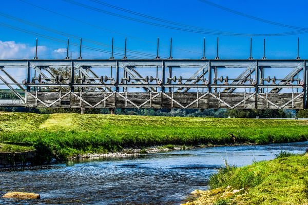 alte Eisenbahnbrücke über die Dreisam bei March