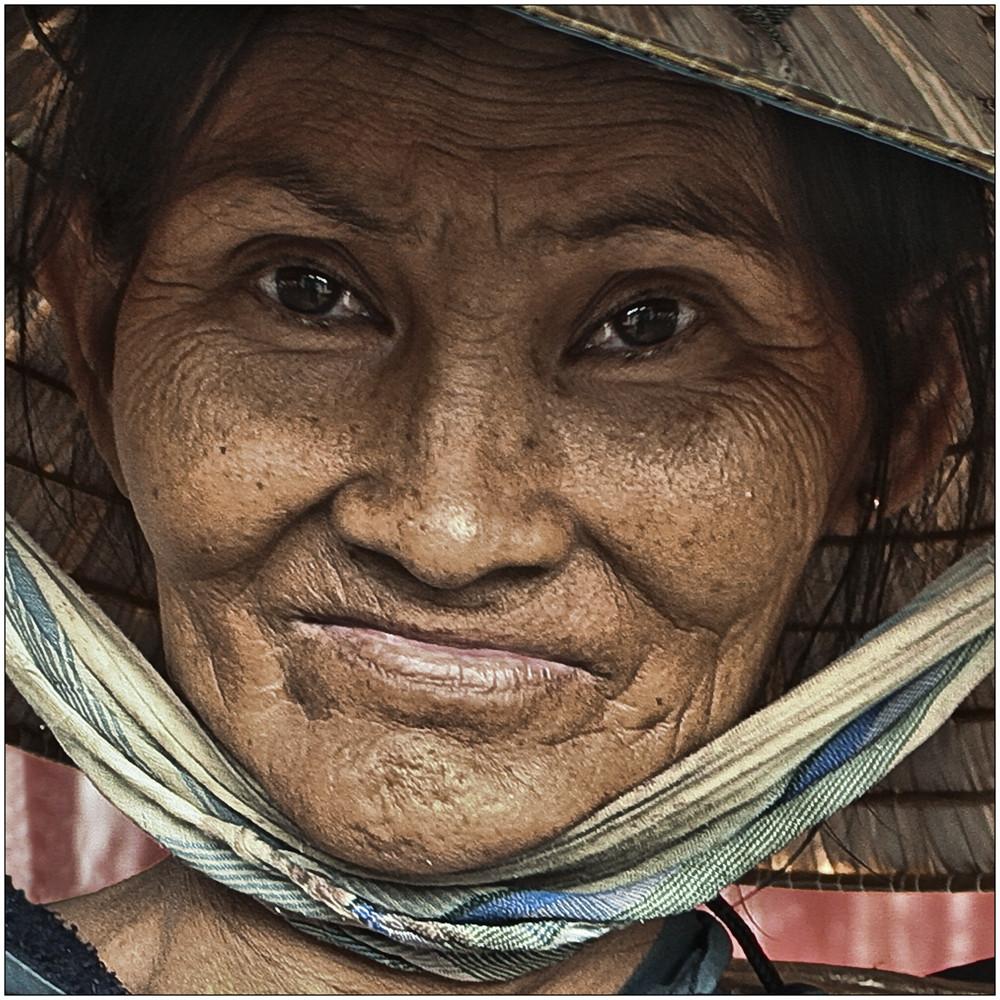 Alte Frau Foto & Bild | erwachsene, menschen im alter, menschen Bilder auf fotocommunity